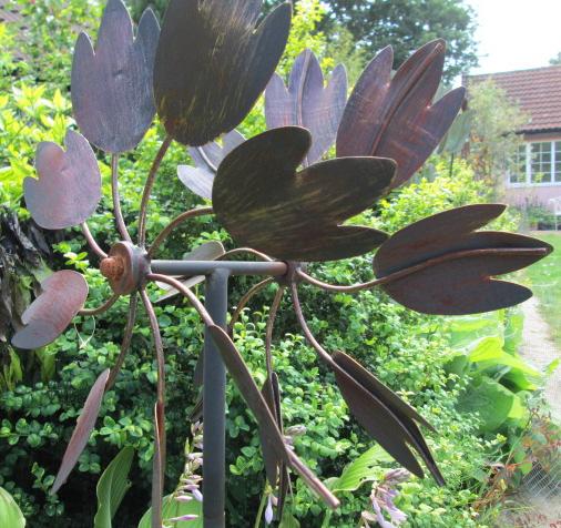 The Hampton Metal Garden Wind Sculpture Burnished Gold