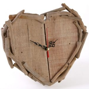 Driftwood Heart Clock with fret style arms. Very unique and a lovely gift to both give or receive