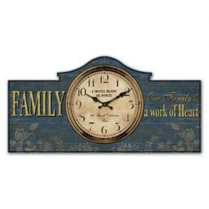 Family work of heart clock. ferailles.co.uk