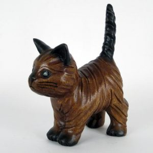 wooden-cat-walking-with-tail-up