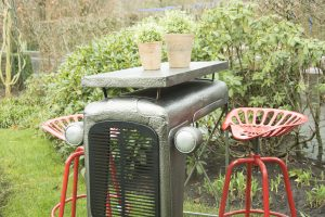 3-piece-tractor-set-bar-with-2-stools