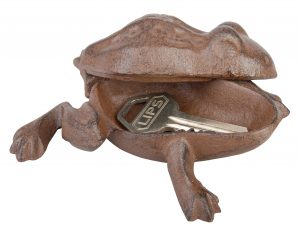 iron-frog-key-keeper-open