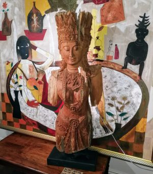 Antique 19th Century Teak Khmer Rouge Boat Head Lady Lamp on Stand